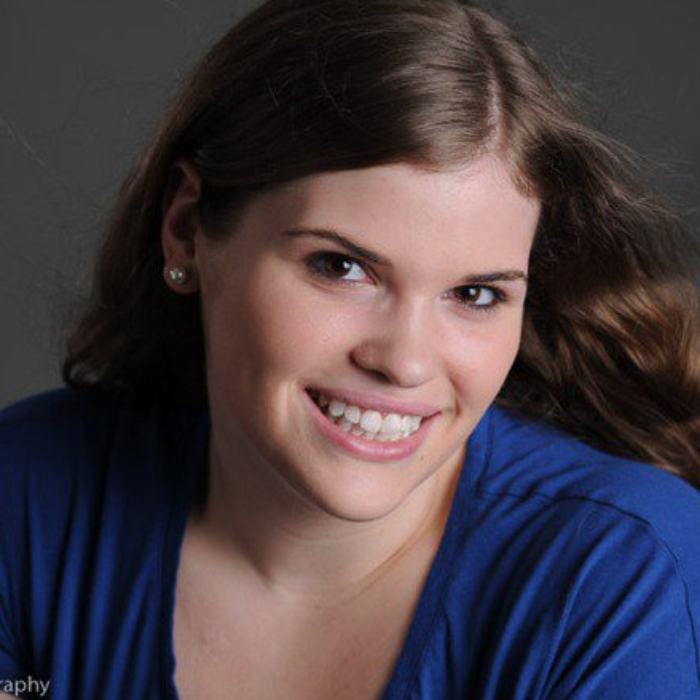 Natalie Cronin Headshot